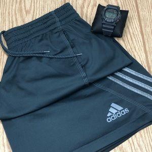 Men's Adidas Athletic Shorts W/Drawstring Size L